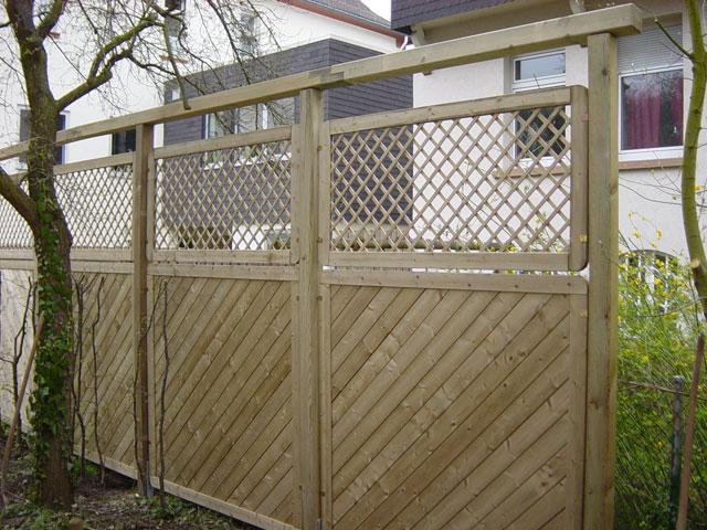 Sichtschutz Palisaden Aus Holz ~ Urige Sichtschutz Palisaden Aus Holz Gardening Design Pictures to pin