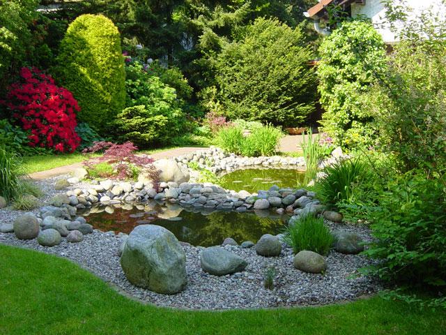 Prächtig Teiche, Bachläufe, Quellsteine und Becken von Koch | Garten- und @JE_24