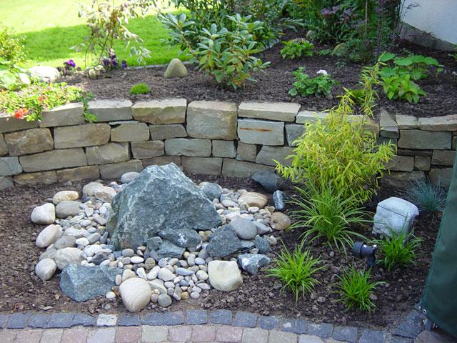 Prächtig Teiche, Bachläufe, Quellsteine und Becken von Koch | Garten- und #LM_69
